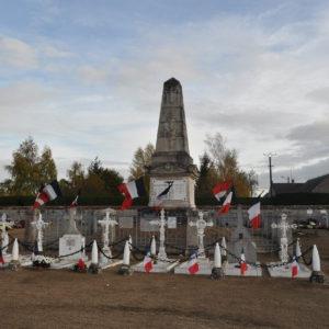 Monument aux morts de la commune de Cravant (45)