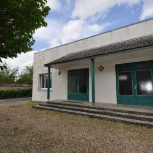 Salle des fêtes de la commune de Cravant (45)